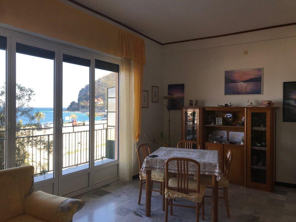 soggiorno fronte mare